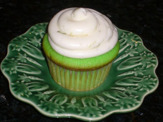 Keylime cupcakeP1010851
